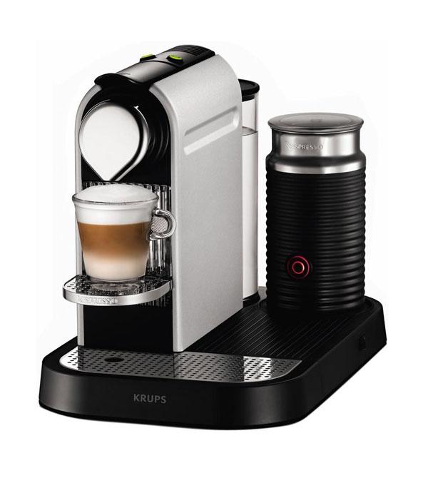 Nespresso met melkschuimer